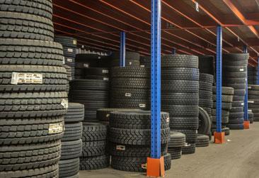 vente-pneus-commercial-industriel